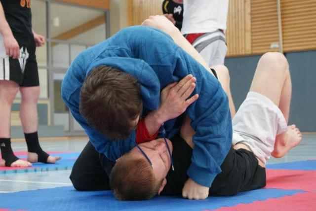 Kampfsport in Rotenburg – MMA-Seminar mit Sebastian Risch